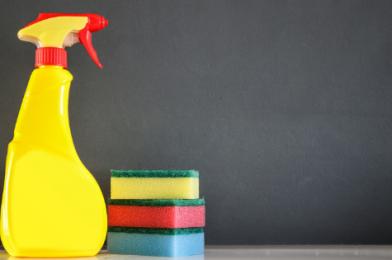 13 kníh, ktoré vám pomôžu nie len s jarným upratovaním