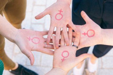 13 kníh na tému feminizmu